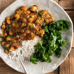 Easy Chickpea and Potato Curry (Chana Aloo Curry)