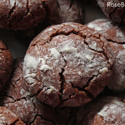 Easy Chocolate Crackle Cookies
