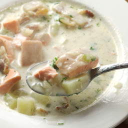 Easy, Creamy One-Pot Salmon Chowder Recipe