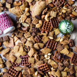 Easy Crockpot (Christmas Eve) Chex Mix