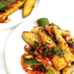 Easy Cucumber Kimchi (Oi-Sobagi: 오이소박이)