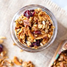 Easy Granola Recipe with Pecans and Cranberries