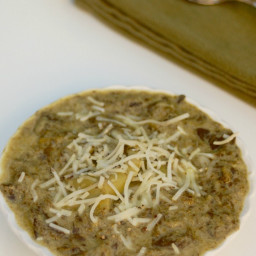 Easy Healthy Slow Cooker Spinach Artichoke Dip Ravioli Soup - 4 SmartPoints