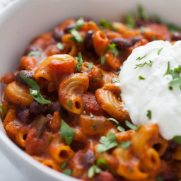 Easy Instant Pot Vegetarian Chili Mac