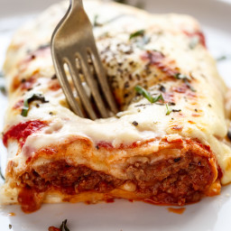 easy-lasagna-stuffed-burritos-1749371.jpg