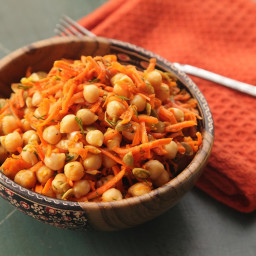 Easy Make-Ahead Carrot and Chickpea Salad With Dill and Pumpkin Seeds Recip