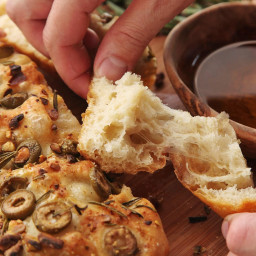 Easy No-Knead Olive-Rosemary Focaccia With Pistachios Recipe