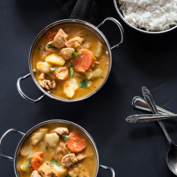 Easy One Dish Red Chicken Curry