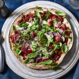 Easy pizza with Parma ham and mozzarella