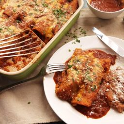 Easy Pressure Cooker Chicken Enchiladas