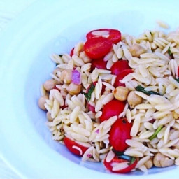 Easy recipe for Orzo salad