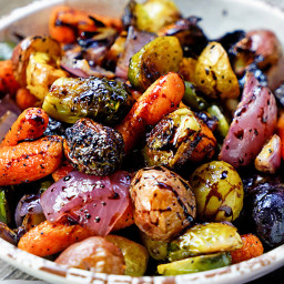 easy-roasted-vegetables-with-honey-and-balsamic-syrup-1457137.jpg