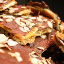Easy Saltine Toffee Candy Recipe