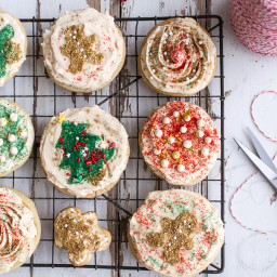 Easy Slice 'n' Bake Vanilla Bean Christmas Sugar Cookies w/Whipped Buttercr
