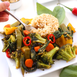 Easy Thai Basil Vegetable Stir Fry