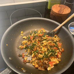Easy Vegan Breakfast Scramble