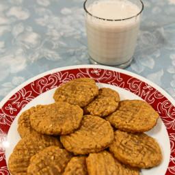 Easy Vegan Peanut Butter Cookies