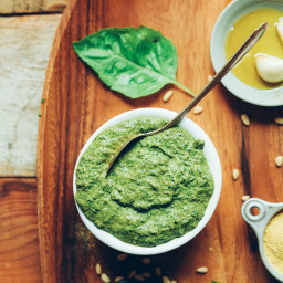 Easy Vegan Pesto (5 minutes!)