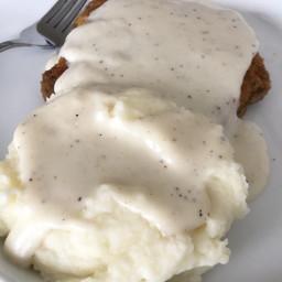 Easy White Country Gravy