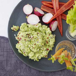 Edamame and chilli dip with crudités