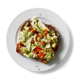 egg-salad-avocado-toast-2396457.jpg