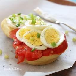 Egg Tomato and Scallion Sandwich