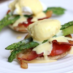 Eggs Benedict with Asparagus