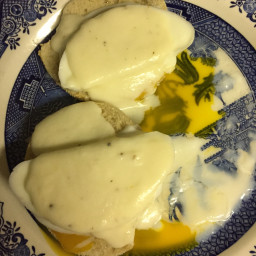 eggs-benedict-with-cheese-sauce-9.jpg