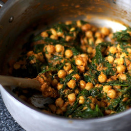 Espinacas con Garbanzos [Spinach and Chickpeas]
