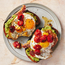 Even Picky Eaters Love these Loaded Avocado Toasts