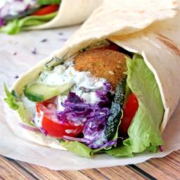 falafel-wrap-with-tzatziki-sauce-1812955.jpg