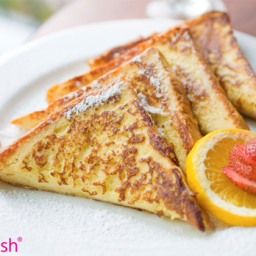 Fat Flush French Toast with Quick Cran-Raspberry Sauce