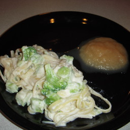 Fettuccine Alfredo with Broccoli Casserole