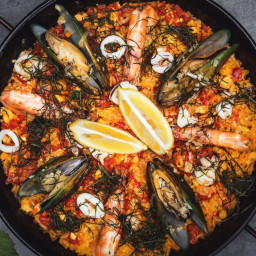 Flavorful and Easy Spanish Paella