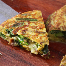 Flipped Frittata With Asparagus, Spinach, Ham, and Cheese Recipe