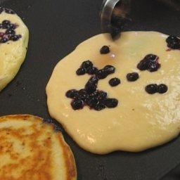 fluffy-blueberry-buttermilk-pancake-5.jpg