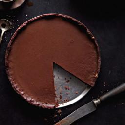 four-twenty-blackbirds-green-chili-chocolate-pie-recipe-2265385.jpg
