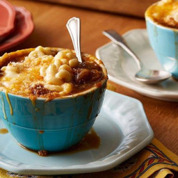 French Onion Macaroni and Cheese Soup