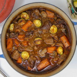 FRENCH-STYLE BEEF STEW WITH VEGGIES