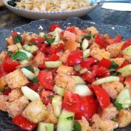 Fresh and Easy Panzanella Salad