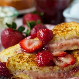 Fresh Strawberry French Toast