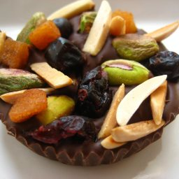 fruit-and-nut-chocolate-dessert-10.jpg