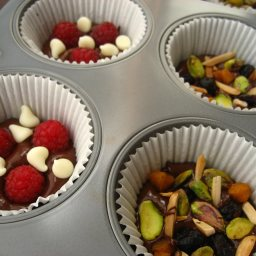 fruit-and-nut-chocolate-dessert-8.jpg