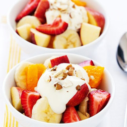 fruit-salad-with-honey-yoghurt-2115536.jpg