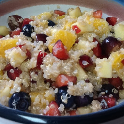 fruity-quinoa-breakfast-salad.jpg