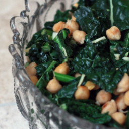 Garbanzo Bean Kale Salad