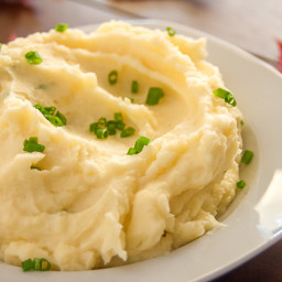 Garlic and Chive Mashed Potatoes