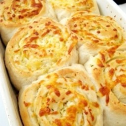 Garlic Cheese Rolls