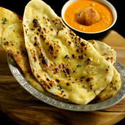 garlic naan recipe | butter garlic naan recipe on tawa - stove top