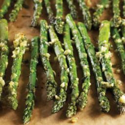 garlic-roasted-asparagus-10.jpg